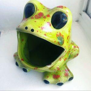 Vintage Ceramic Frog Soap Sponge Pen Holder Dish
